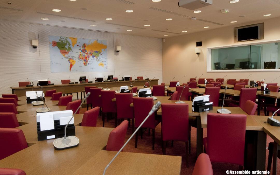 Examen du projet de loi pour une immigration maîtrisée, un droit d'asile effectif et une intégration réussie en Commission des Affaires étrangères