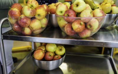 A Saumur, lancement du plan « Fruits et légumes à l'école ».
