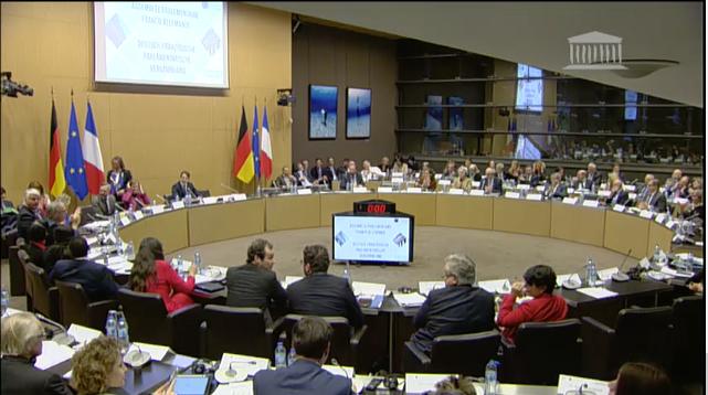 Création d'une Assemblée parlementaire franco-allemande