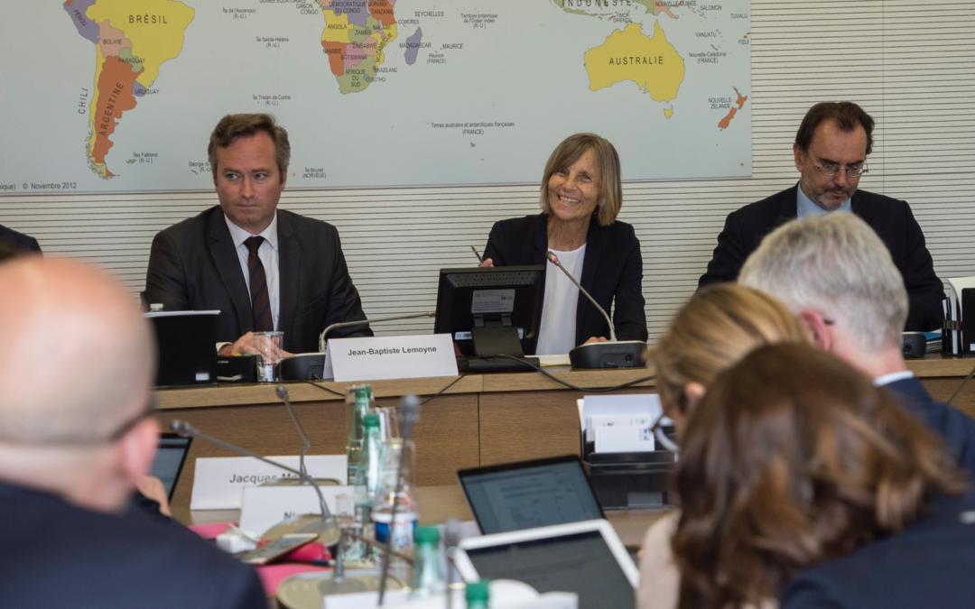 Réunion conjointe à Berlin entre les commissions des Affaires étrangères de l'Assemblée nationale et du Bundestag , co-présidée par leurs présidents respectifs, Marielle de SARNEZ et Norbert RÖTTGEN
